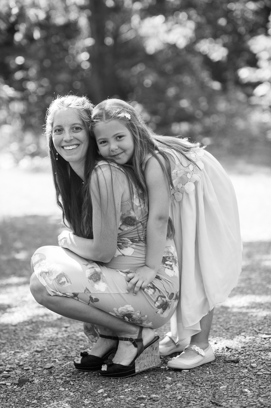 mother and daughter portrait by Erin Borzellino in Pennsylvania